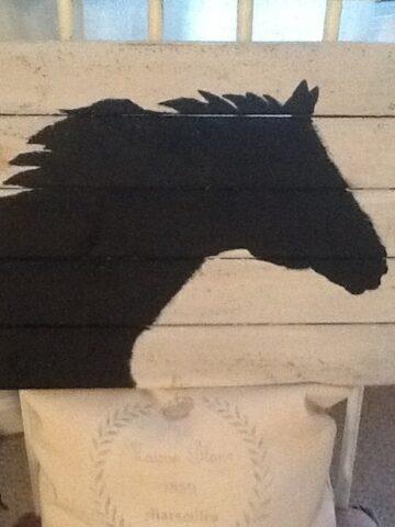 horse silhouette pallet