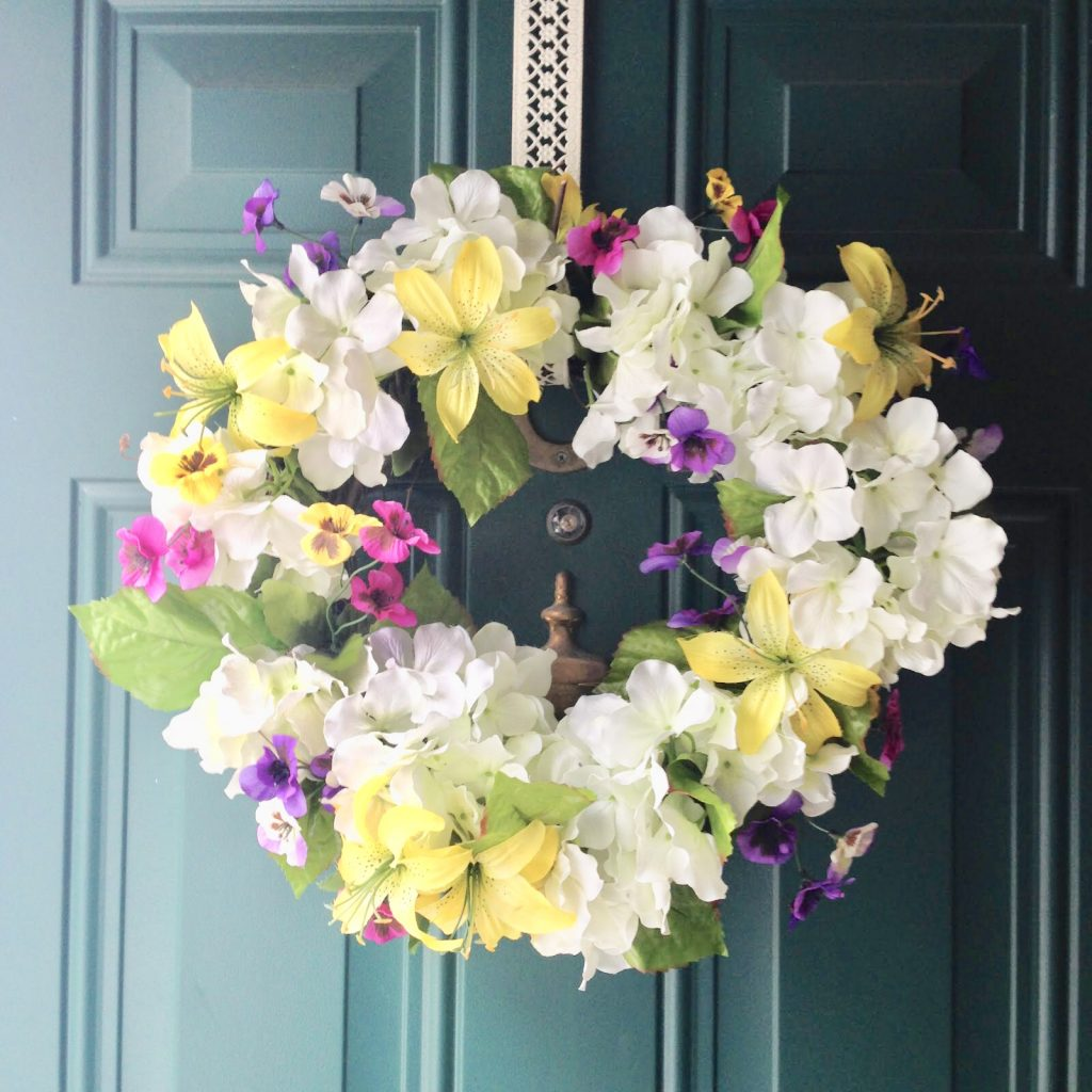 Quick And Easy DIY Spring Wreath And Florals Our Crafty Mom #spring #springwreaths #diy