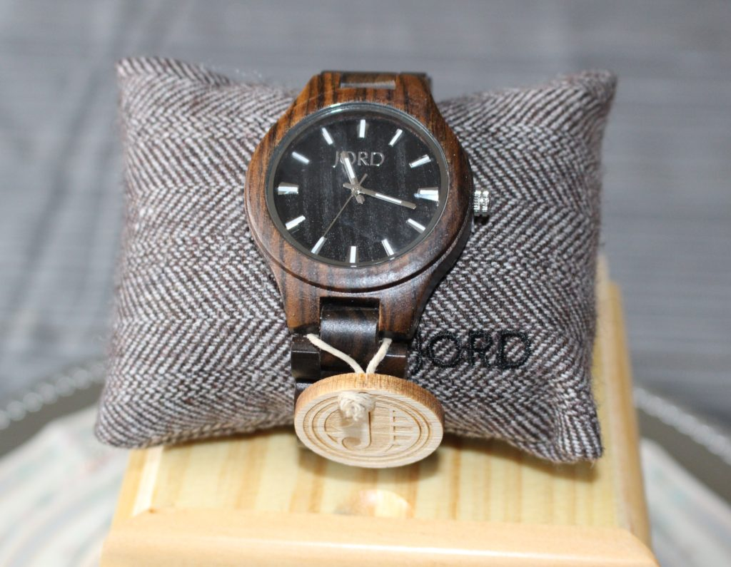 2016 Gift Guide For Guys & JORD Wood Watch Giveaway Our Crafty Mom