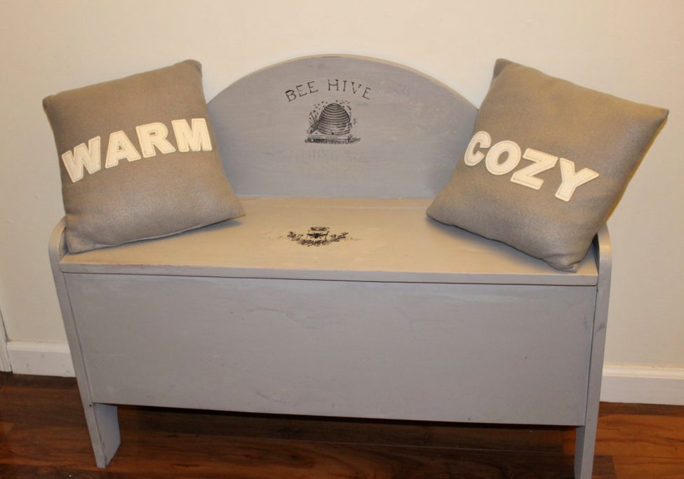 "Refinished Deacons Bench ""Spray It Pretty"" With HomeRight Our Crafty Mom"