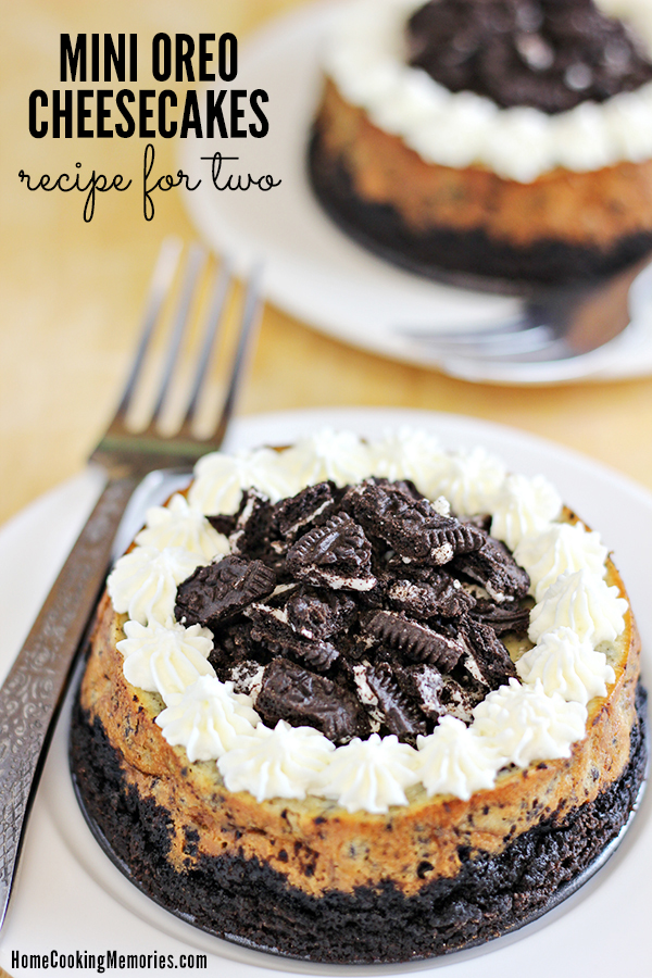Mini Oreo Cheesecakes for Two Recipe - Home Cooking Memories - HMLP 122 Feature