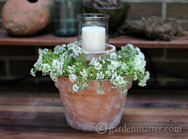 Flower-Pot-Centerpiece-rec-gardenmatter.com_-800x592