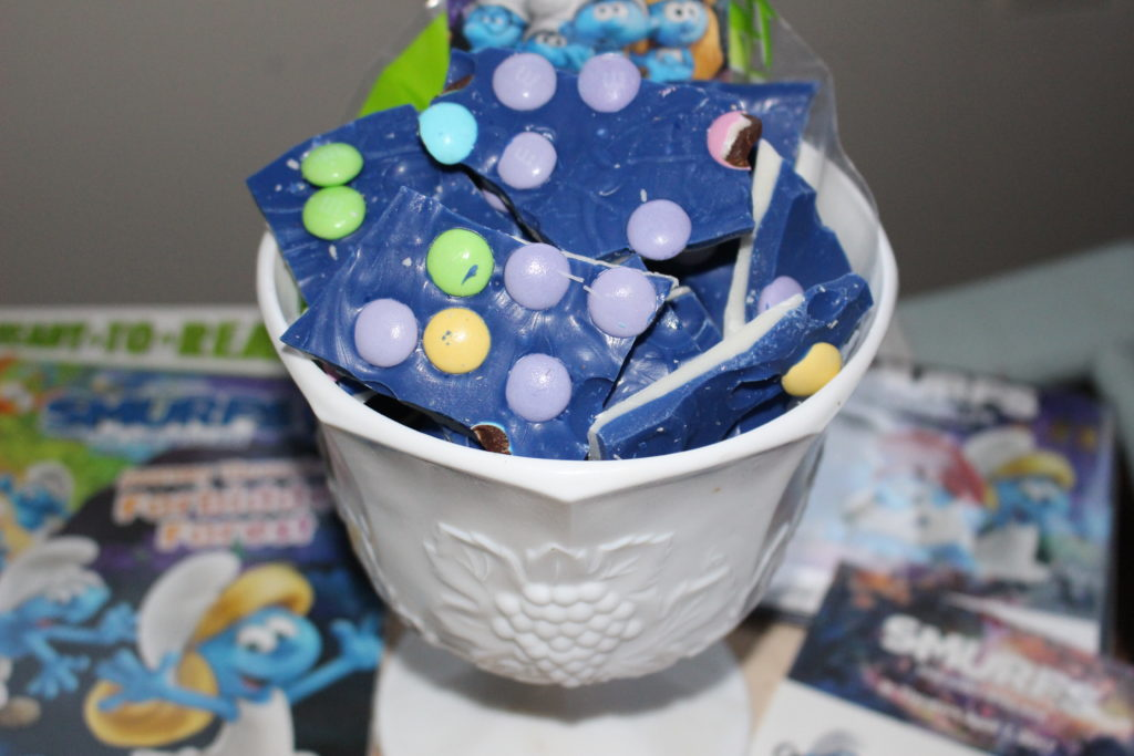 Candy Bark Treat Bags Smurfs Our Crafty Mom