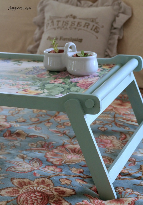 https://www.shoppeno5.com/discover-how-to-upgrade-a-plain-tray-into-a-colorful-one