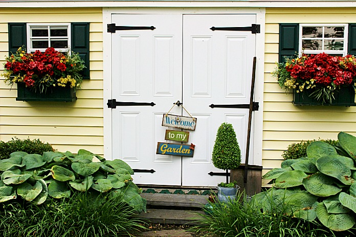 New England Colonial Home & Garden Tour Guest Series Our Crafty Mom 6