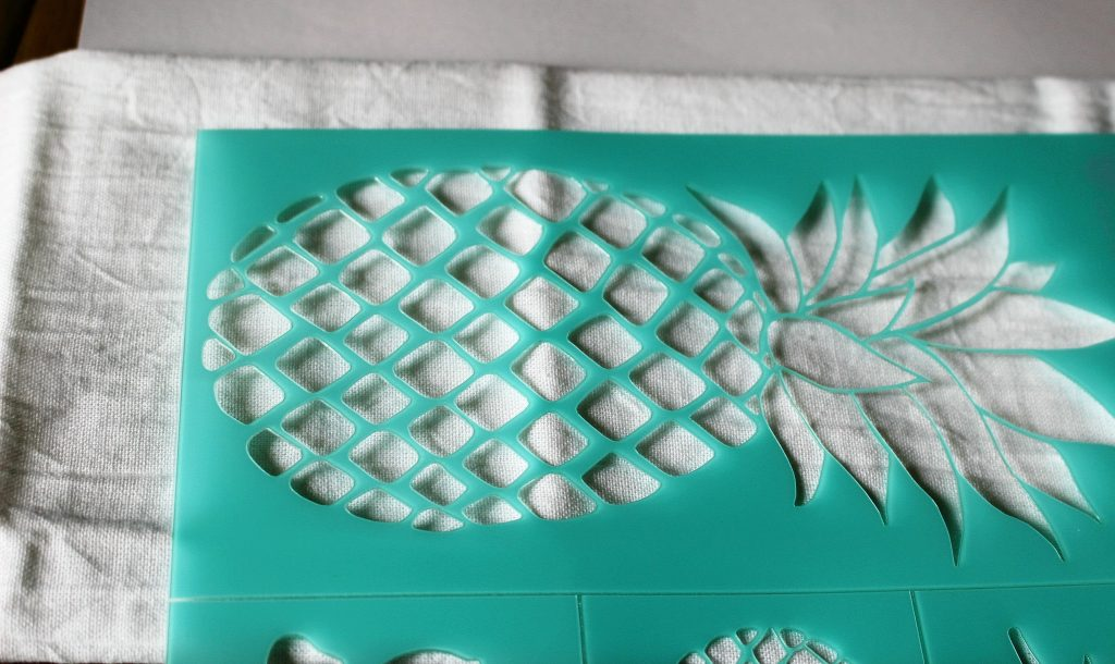 DIY Pineapple Flour Sack Towels Our Crafty Mom 4