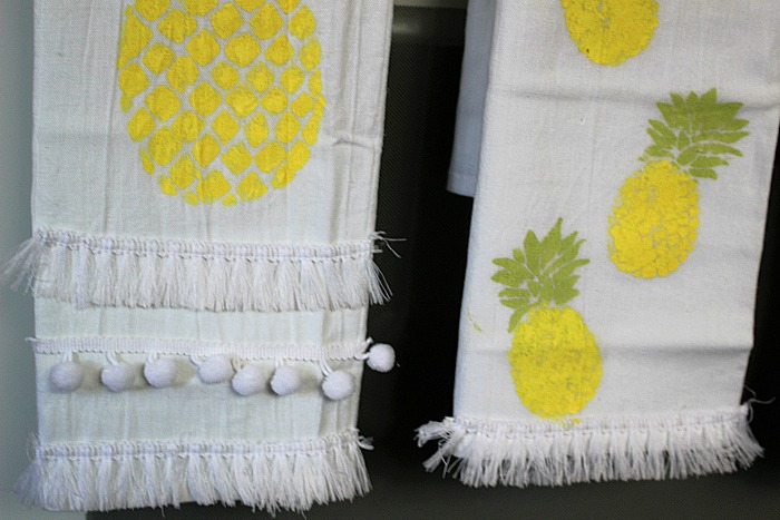 DIY Pineapple Flour Sack Towels Our Crafty Mom 5