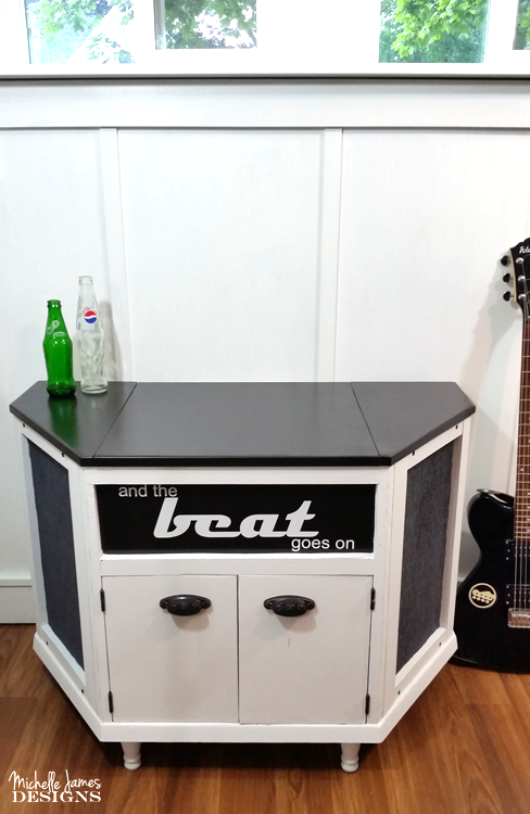 https://michellejdesigns.com/giving-a-vintage-turntable-cabinet-a-much-needed-make-over