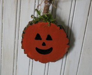 DIY Fall Wood Slice Pumpkin Banner