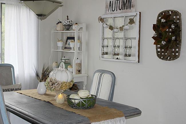 Farmhouse Style Fall Home Tour - Fall Blog Hop - Our Crafty Mom