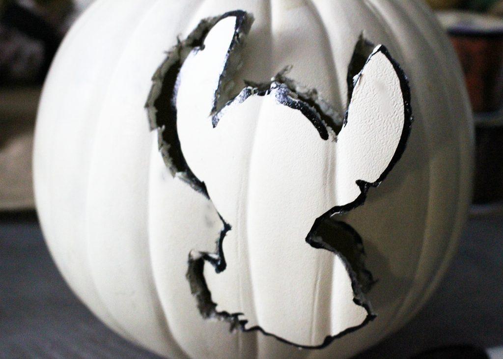 Make A Lilo & Stitch Halloween Pumpkin
