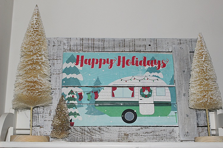 Christmas Home Tour & Blog Hop - It's A Wonderful House Our Crafty Mom 16