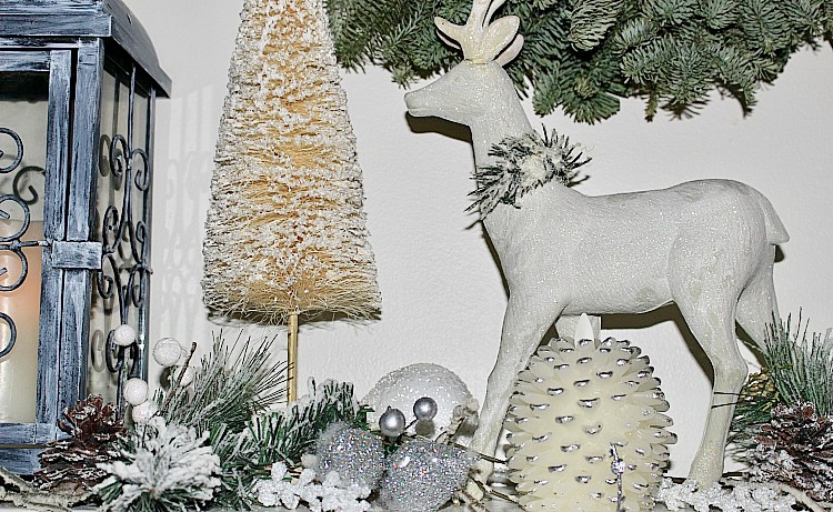 Christmas Home Tour & Blog Hop - It's A Wonderful House #christmashometour #christmas #holidayhome