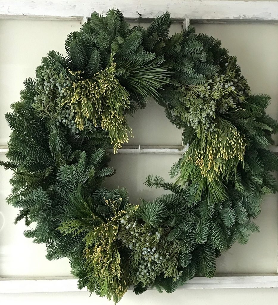 Christmas Wreath Giveaway Our Crafty Mom #giveaway #christmaswreath #christmas