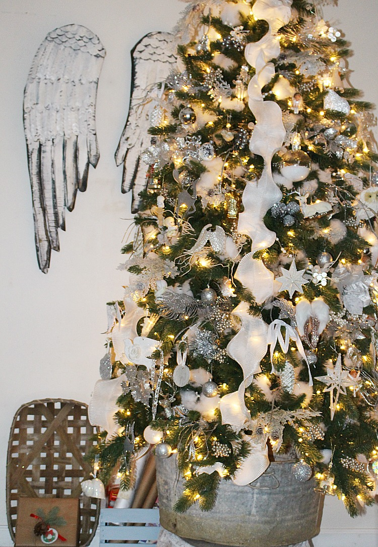 Christmas Tree Decorating Ideas And Blog Hop Our Crafty Mom