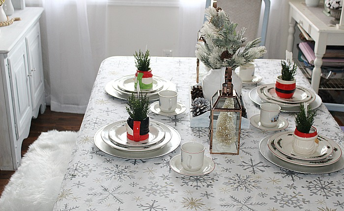 Create A Cozy Christmas Tablescape Our Crafty Mom #christmastablescape #bloghop