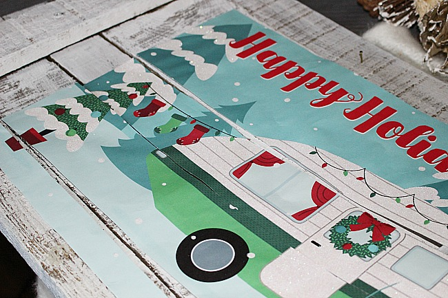 Dollar Store Christmas Camper-Pallet Wood Sign Our Crafty Mom #retrocamper #dollarstore #12daysofchristmas