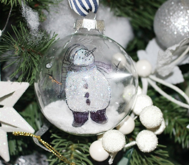 How To Make A DIY Floating Snowmen Ornament Our Crafty Mom #christmasornament #12daysofchristmas #crafts