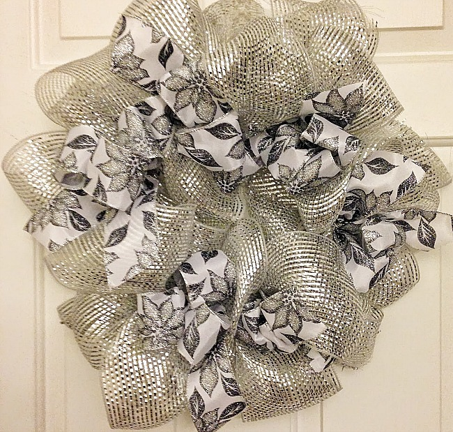 Make A Silver Deco Mesh Christmas Wreath