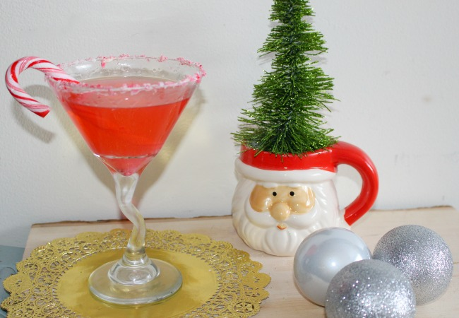 Peppermint Martini - Perfect For The Holidays! Our Crafty Mom