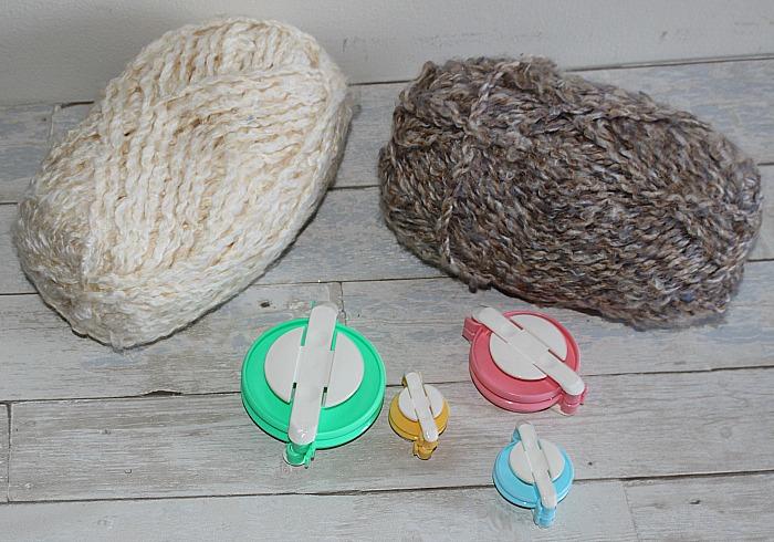 How To Make A DIY Pom Pom Pillow Our Crafty Mom #creativebloghop #diypompompillow #nosewpillow