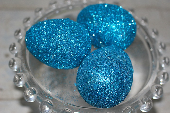 How To Make Gorgeous Glitter Easter Eggs Our Crafty Mom #eastereggs #glittereastereggs #dollarstorecrafts #glittereggs #crafts #craftdestashchallenge