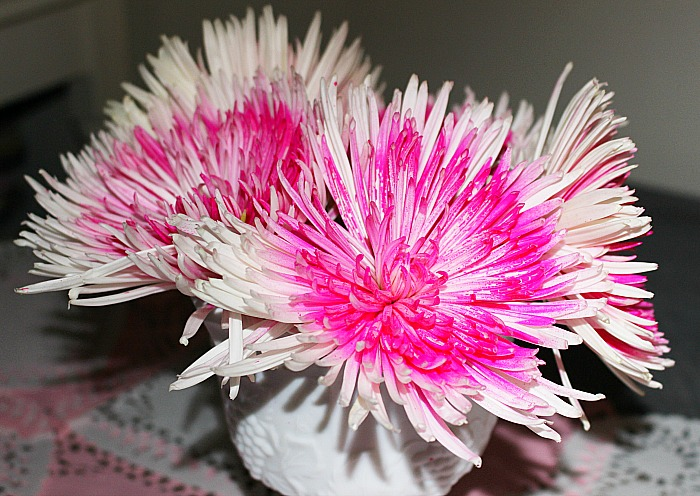 Set A Romantic Tablescape Our Crafty Mom