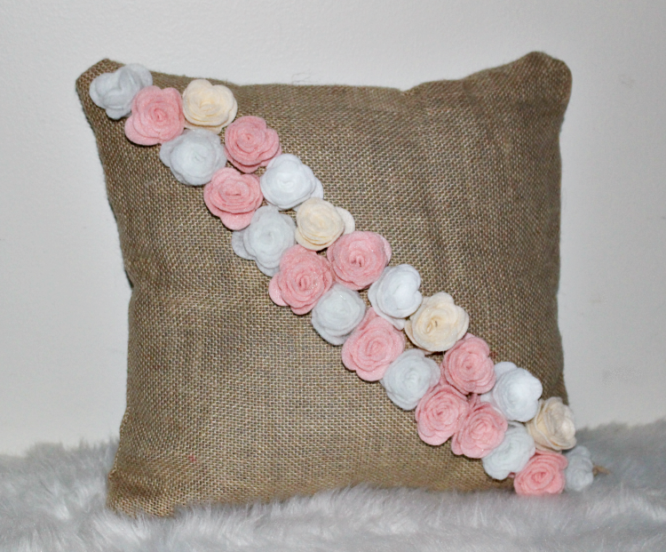 How To Make A Pretty No-Sew Spring Pillow Our Crafty Mom #springpillow #nosewpillow #feltcrafts