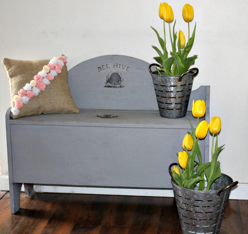 Simple Spring And Easter Living Room Decor Our Crafty Mom #farmhousedecor #springtour