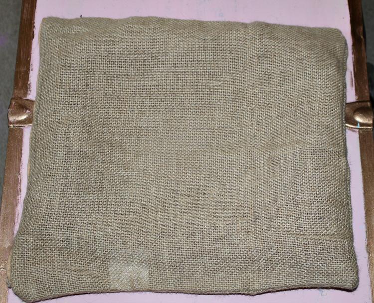 How To Make A Pretty No-Sew Spring Pillow Our Crafty Mom #springpillow #nosewpillow #feltcrafts