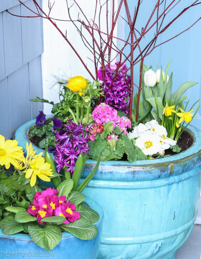 10 beautiful diy planter ideas to add instant curb appeal - Planter Ideas