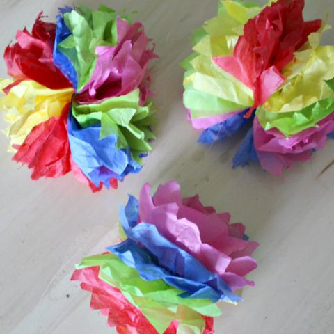How To Make DIY Hanging Tissue Paper Flower Garland