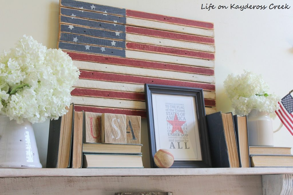 Quick And Easy Red, White & Blue Crafts And Home Decor Our Crafty Mom #redwhiteandblue #patrioticcrafts #fourthofjulydecor #patrioticdecor #merrymonday