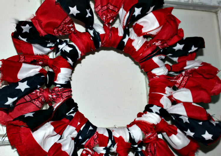 Make A Fun Fourth Of July Dollar Store Bandana Wreath Our Crafty Mom #dollarstorecrafts #dollarstore #fourthofjulywreath #patrioticwreath #ourcraftymom