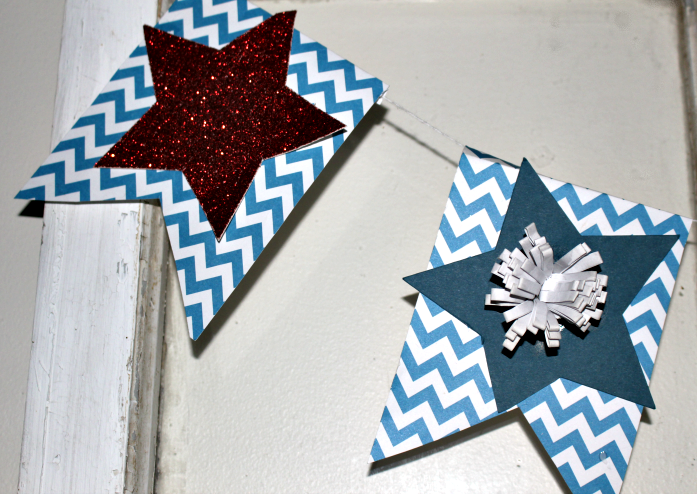 How To Make A Patriotic Banner With A Cricut Machine Our Crafty Mom #cricutmade #craftandcreatewithcricut