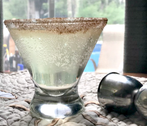 The Perfect Pear and Elderflower Martini Recipe