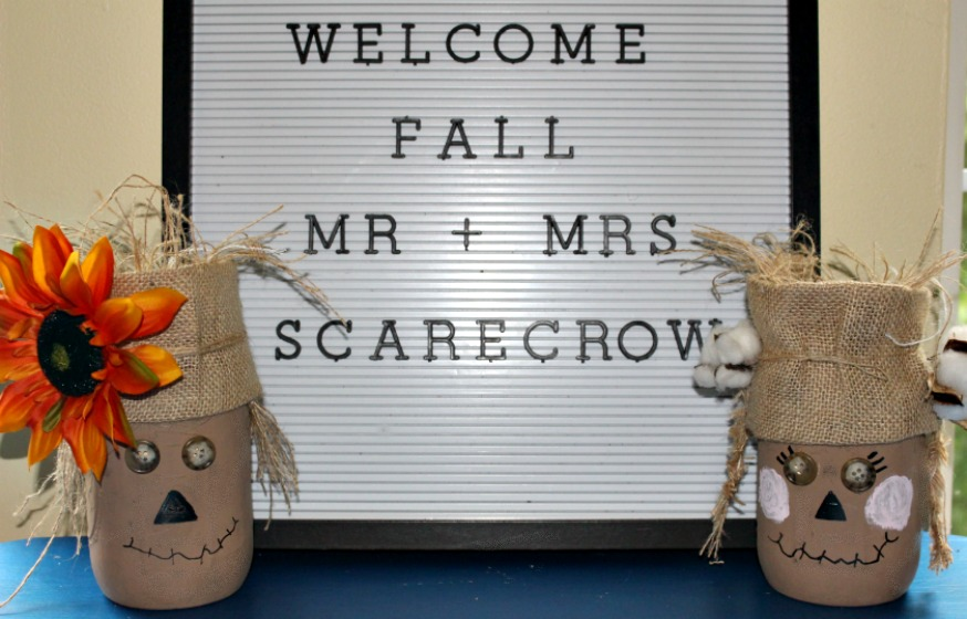 Welcome Fall Mr & Mrs Scarecrow