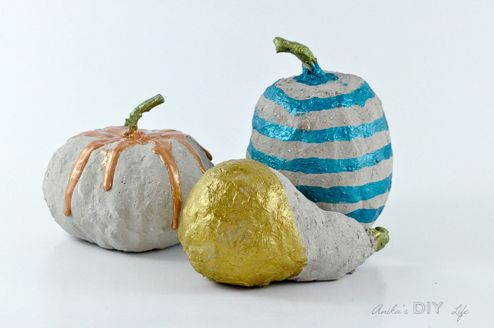 DIY-concrete-pumpkins-Anikas-DIY-Life
