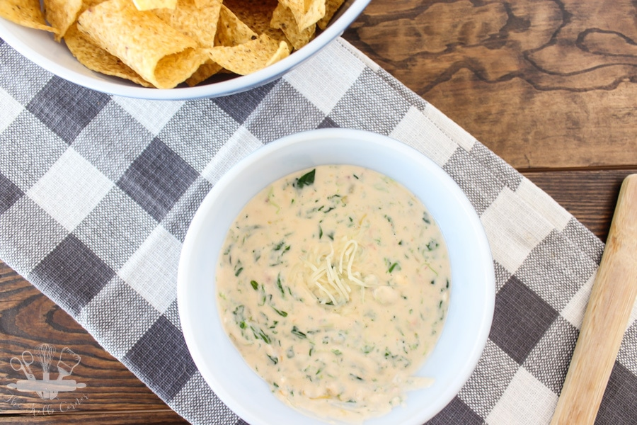 Slow-Cooker-Spinach-Queso-Dip-9
