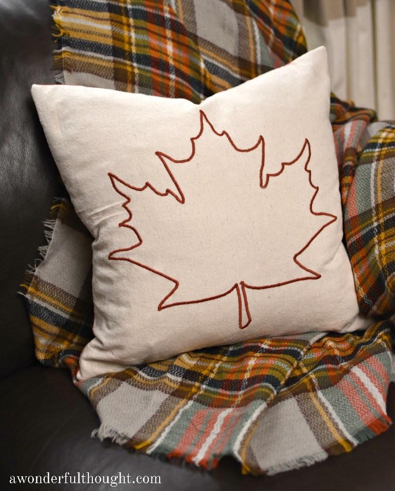leaf-outline-pillow-4