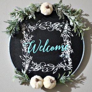 Make A Fall Chalkboard Embroidery Hoop Wreath