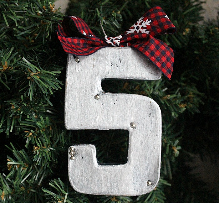 How-To-Make-A-Farmhouse-Style-Ornament-Blog-Hop-Our-Crafty-Mom