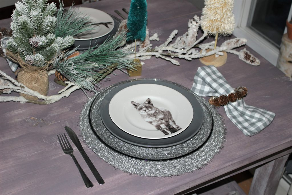 fox dishes christmas tablescape