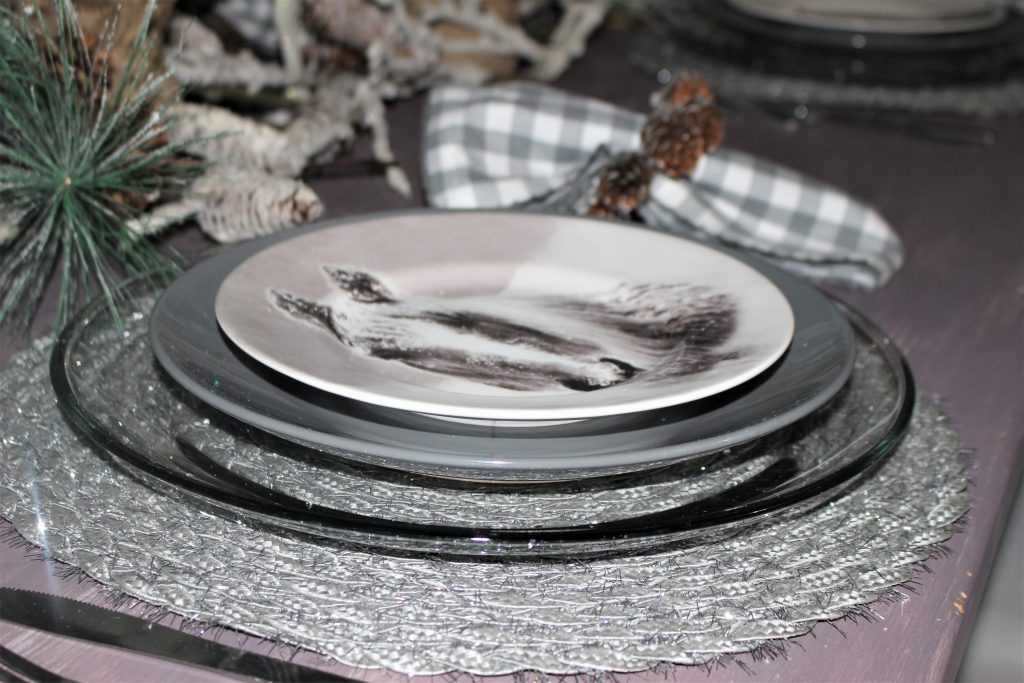 horse place setting