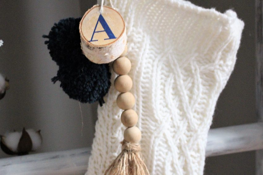 wood bead stocking tag
