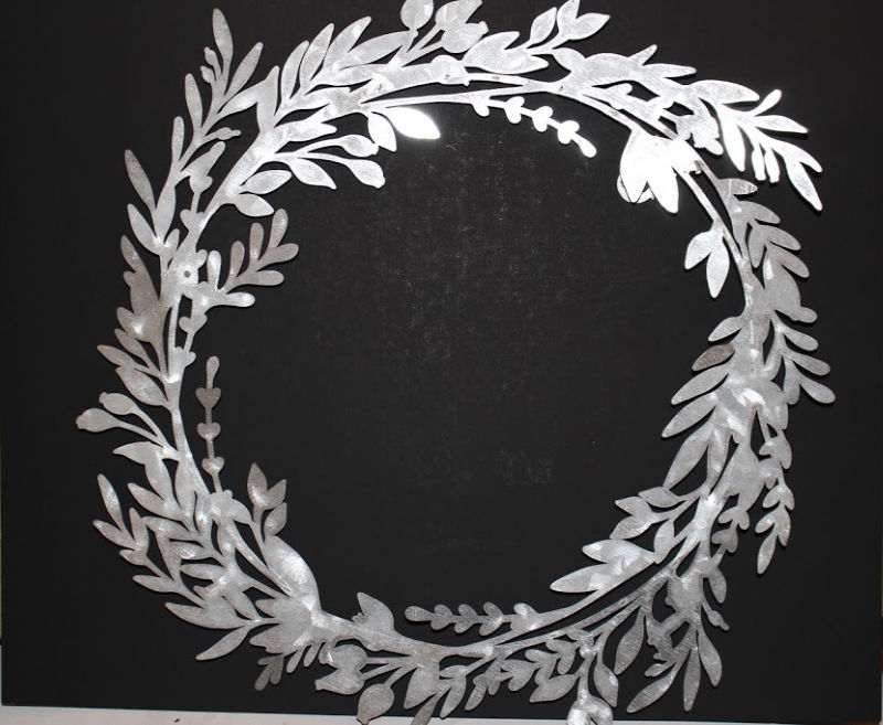 Decocrated wreath