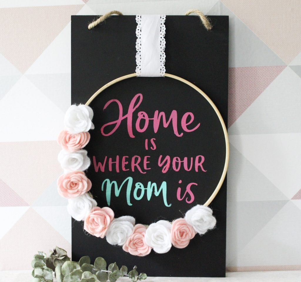 finished mom wall sign