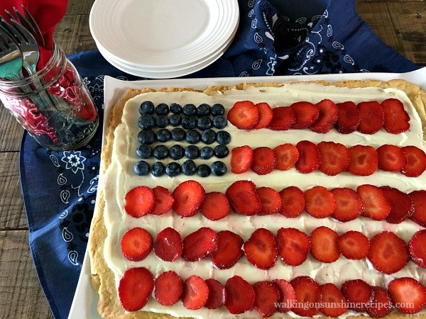 Flag Fruit Pizza with Sugar Cookie Crust, Strawberries and Blueberries