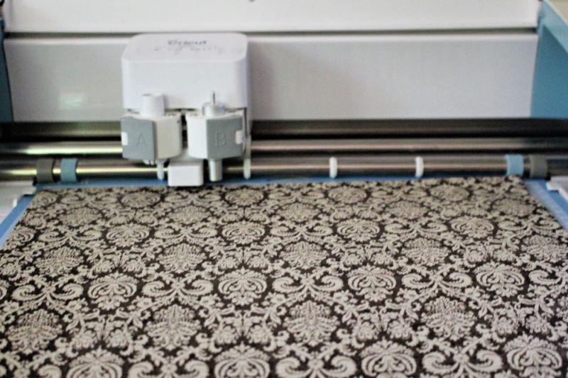 cricut mat with paper