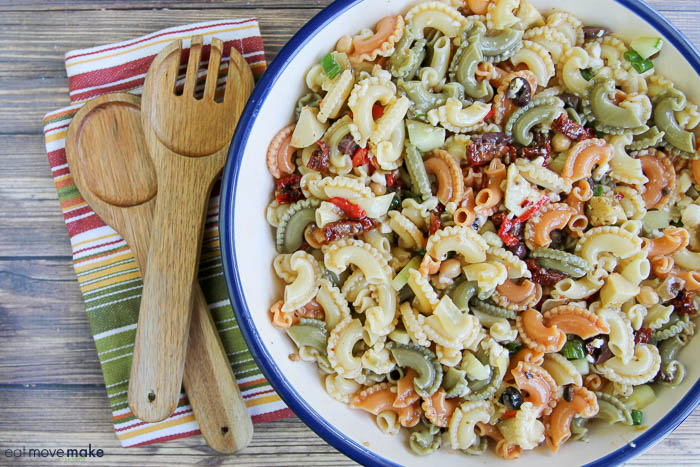 Artichoke and Sun Dried Tomato Pasta Salad - Perfect Brunch Salad!